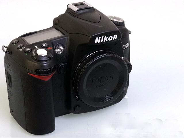 NIKON D90買取価格27,000円