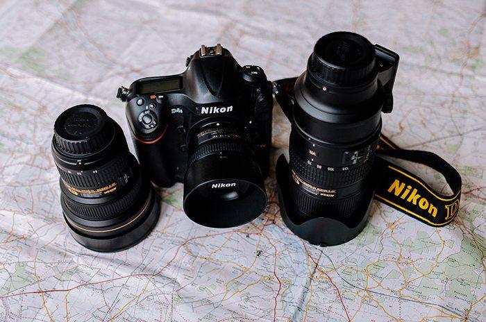 レンズ交換式カメラのイメージ写真